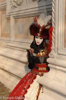 venise Venice-Carnival-Best-Of 103 Red lady at San Zaccaria Venice Carnival 2010 02 102.thumb.jpg