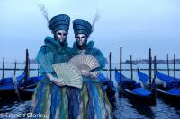 venise Venice-Carnival-Best-Of 2d Blue duet with gondola's_reccorr.thumb.jpg